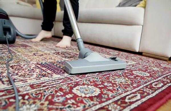 جاروبرقی کشیدن فرش